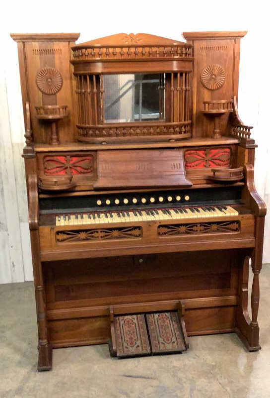 Antique Estey Organ
