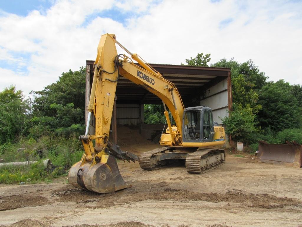heavy equipment auction excavator