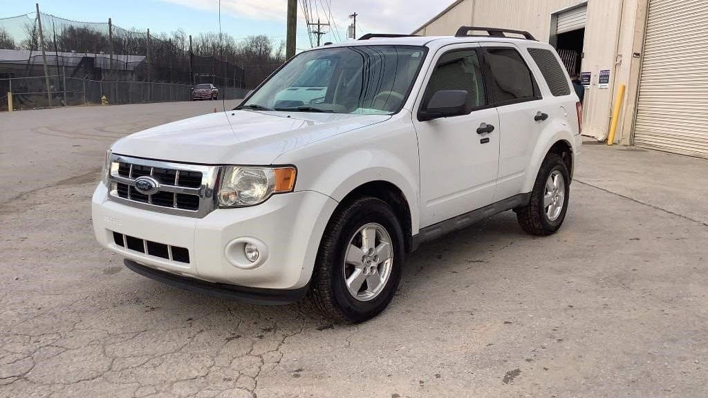 2009 Ford Escape XLT 4WD - 143