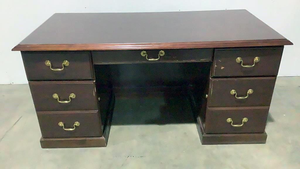 5 Drawer Desk - 304