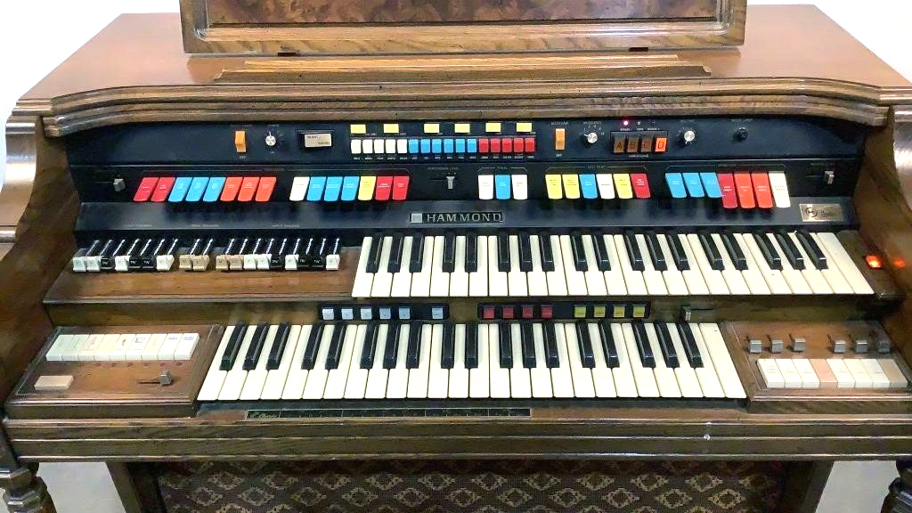 Hammond Electric Organ - 3