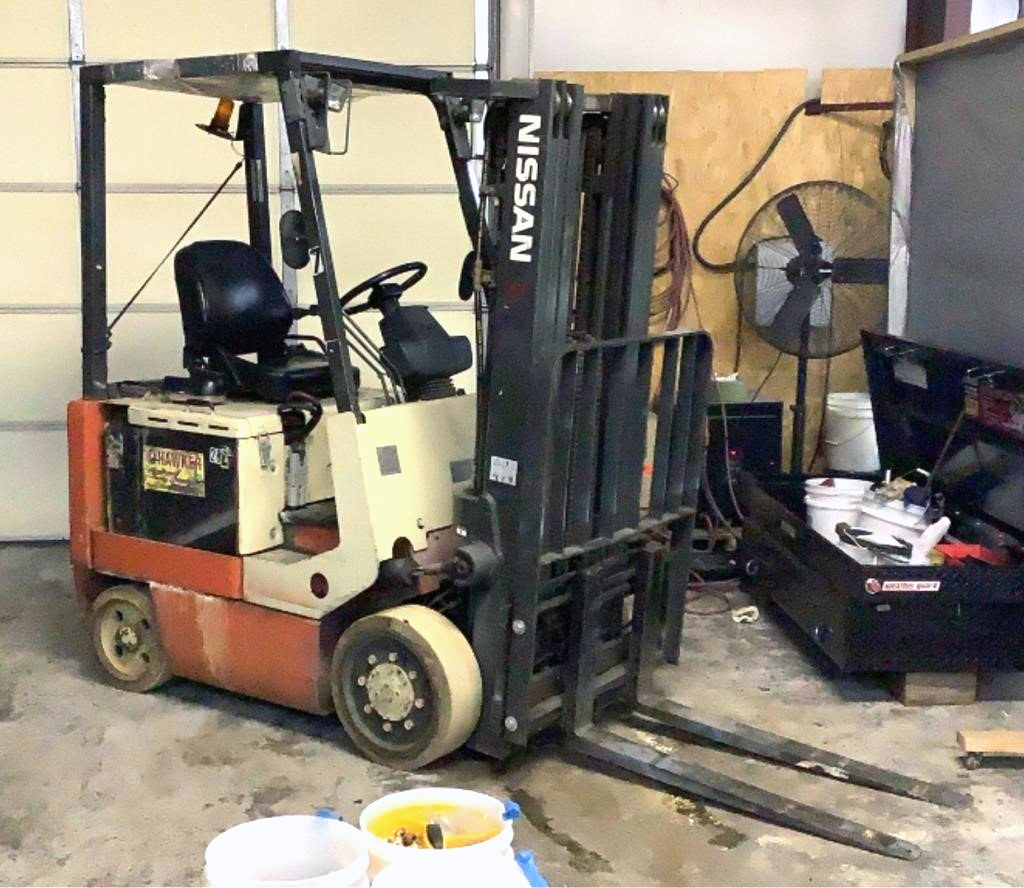Nissan 4,400lb Electric Forklift - 100a