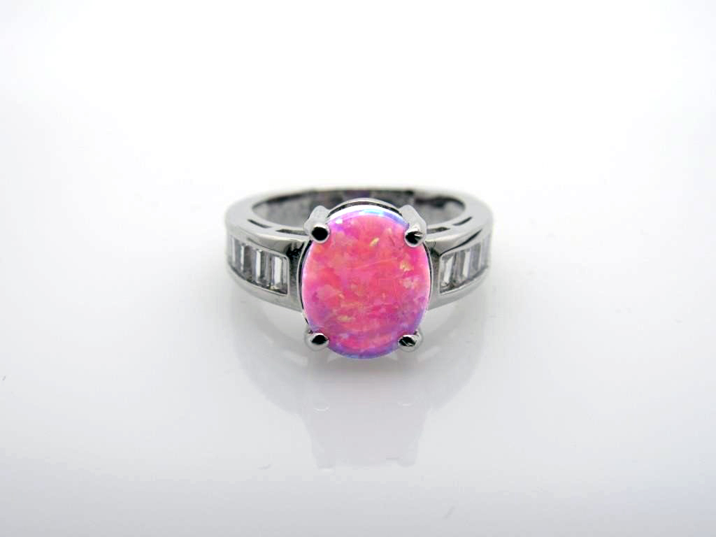 3.75 ct Pink Opal & White Topaz Ring - 65