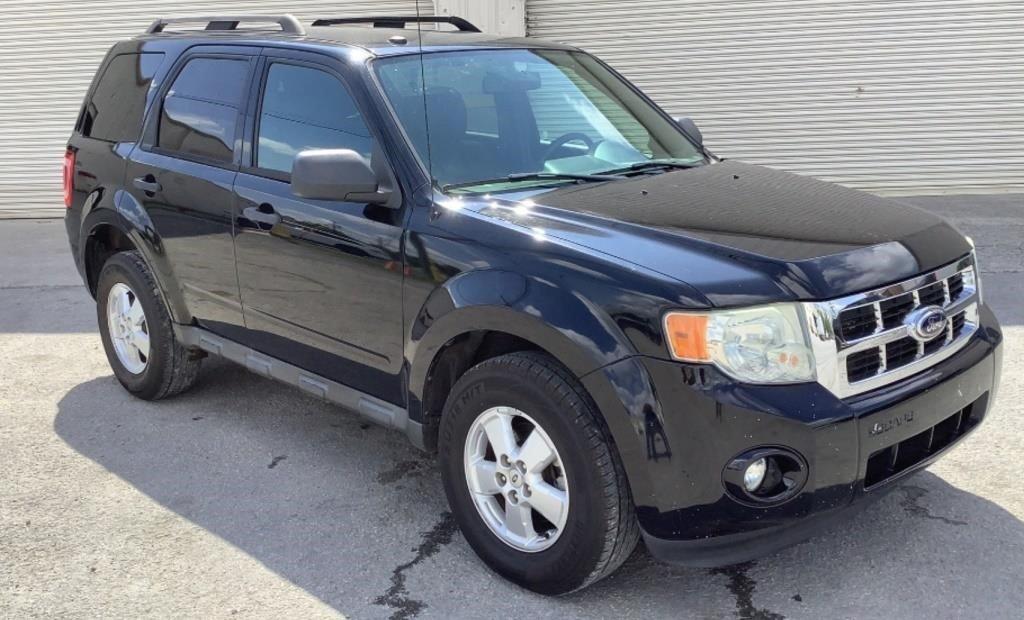 2010 Ford Escape XL 2WD - 160
