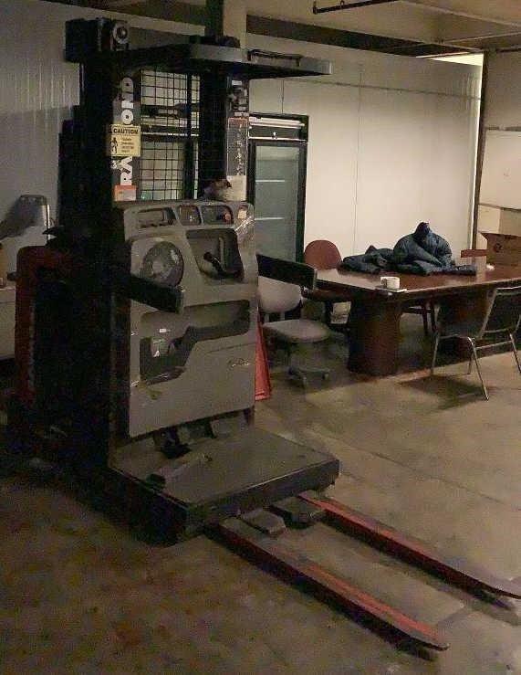 Raymond Electric Order Picker EASi-0PC30TT