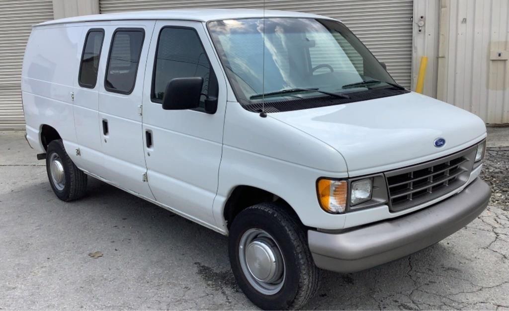 1996 Ford Econoline 250 Van