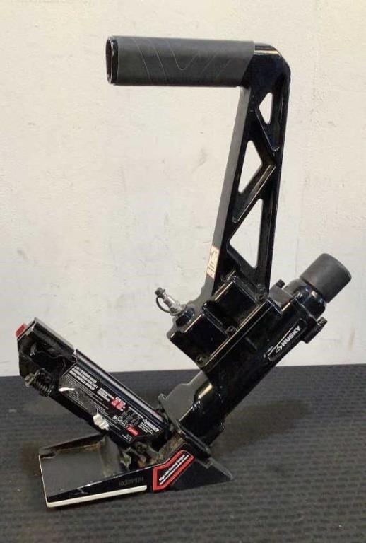 Husky Pneumatic 3-in-1 Floor Nailer