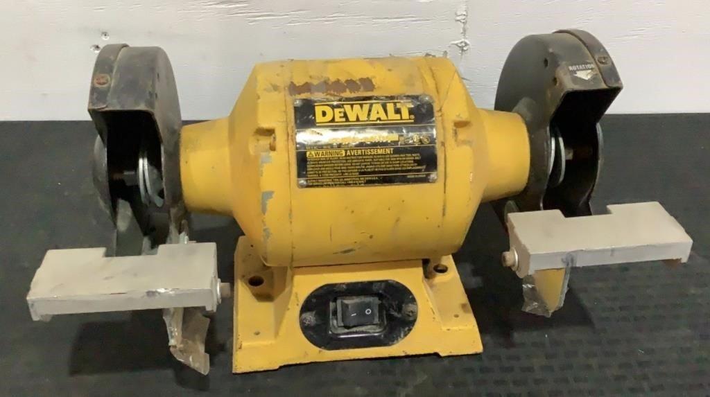 "DeWalt 6"" Bench Grinders DW756"