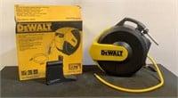"""DeWalt 3/8"""" x 50' Enclosed Hybrid Polymer Hose DXC"""