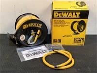 DeWalt Manual Hose Reel w/ 50' Rubber Hose DXCM024